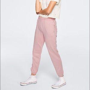 PINK campus jogger (chalk rose washed)